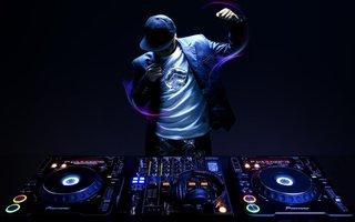 Music_Dance_Composer