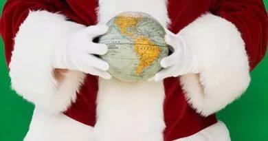 Санта с глобусом