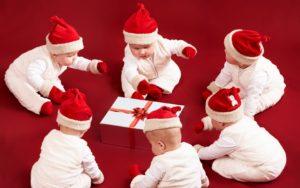 дети и подарки 2019 новый год
