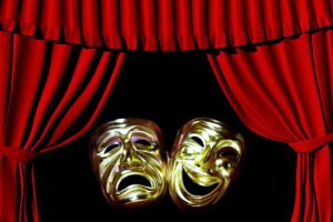 маски театральные