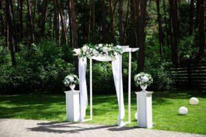 свадьба на природе декор